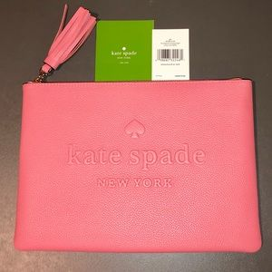 Kate♠️Spade GIA Large Pouch Larchmont Ave Coral